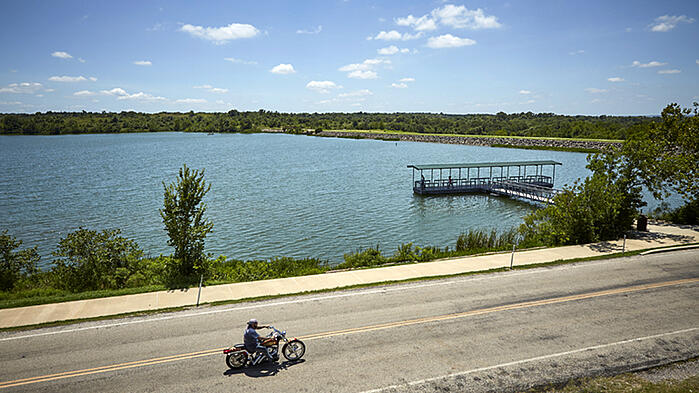 Adventure Road Veterans Lake in the Chickasaw National Recreation Area