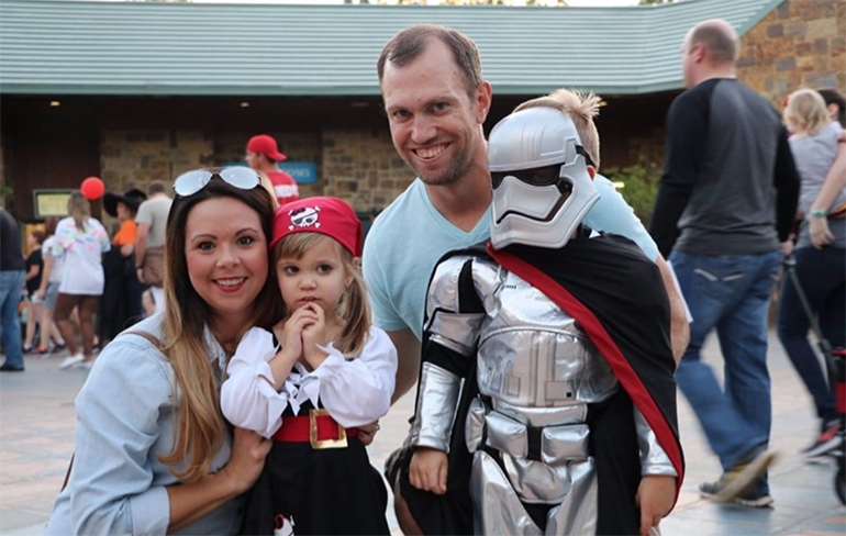 Family in costumes outside of Oklahoma City Zoo