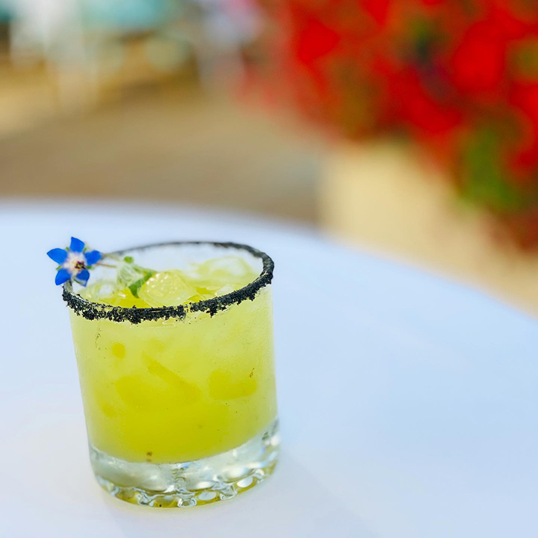 Cocktail at Café Pompeii